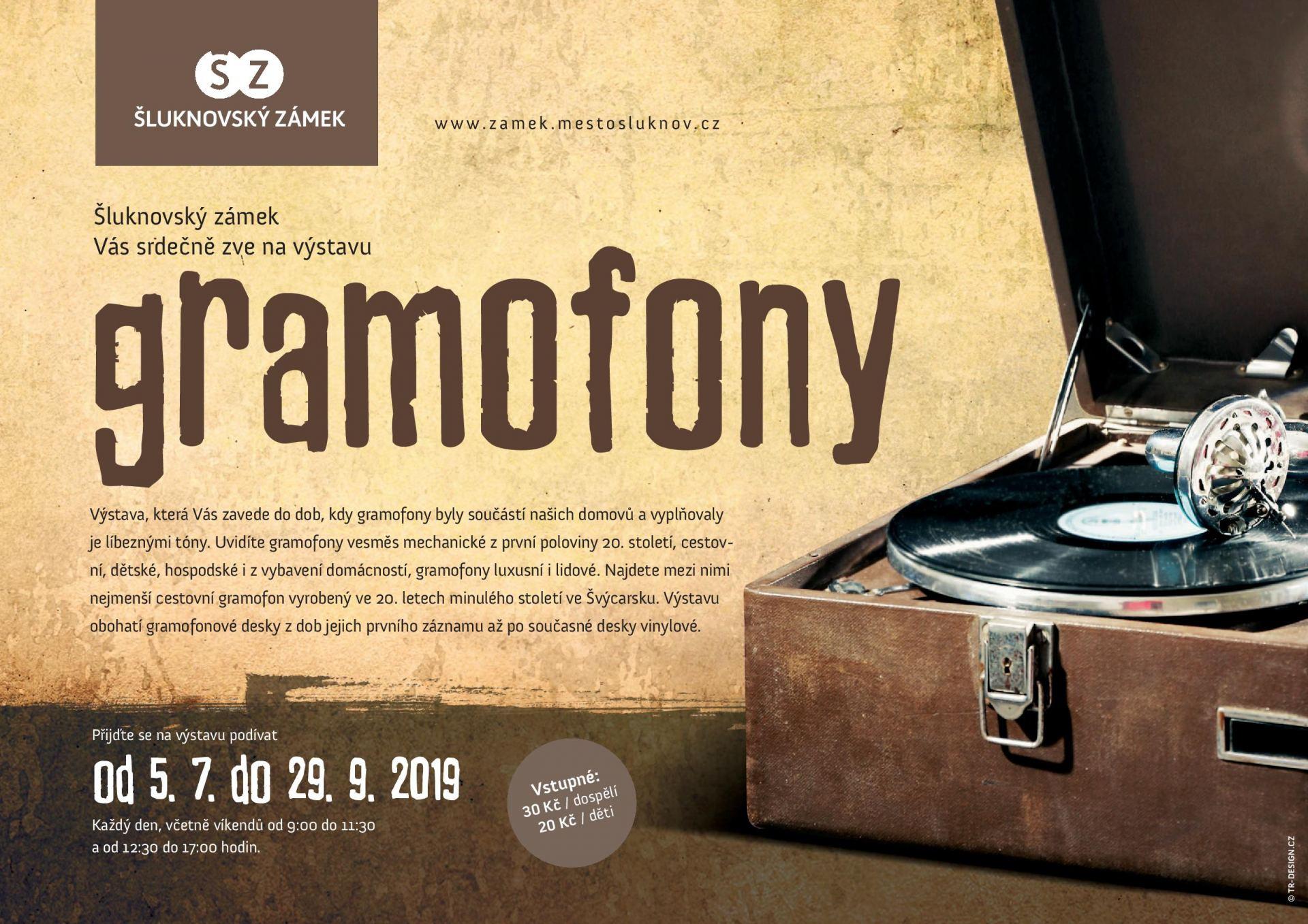 Výstava gramofonů ve Šluknovském zámku