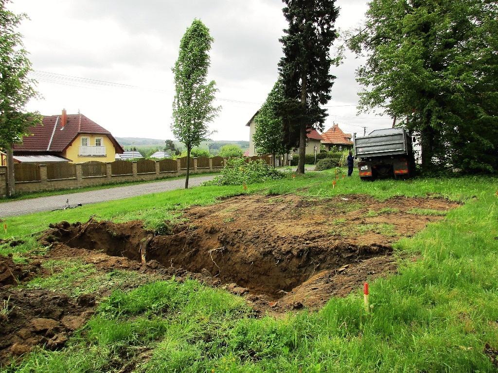První etapa rekonstrukce hřbitova byla dokončena