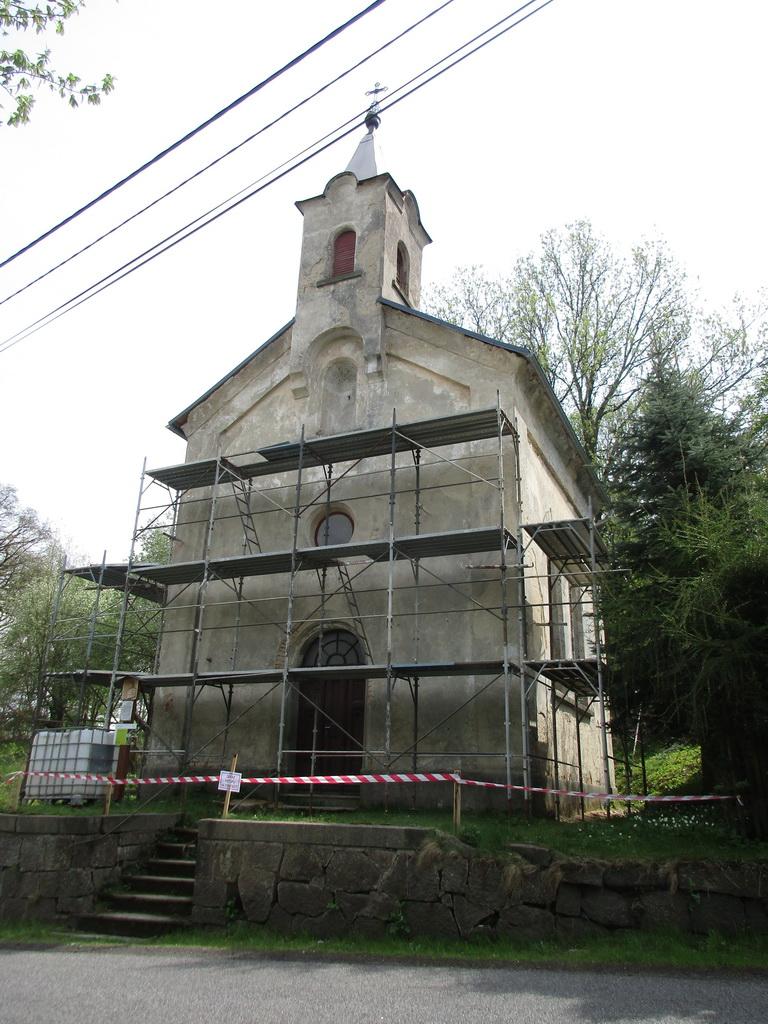 Obnova fasády kostelíku sv. Jakuba v Císařském