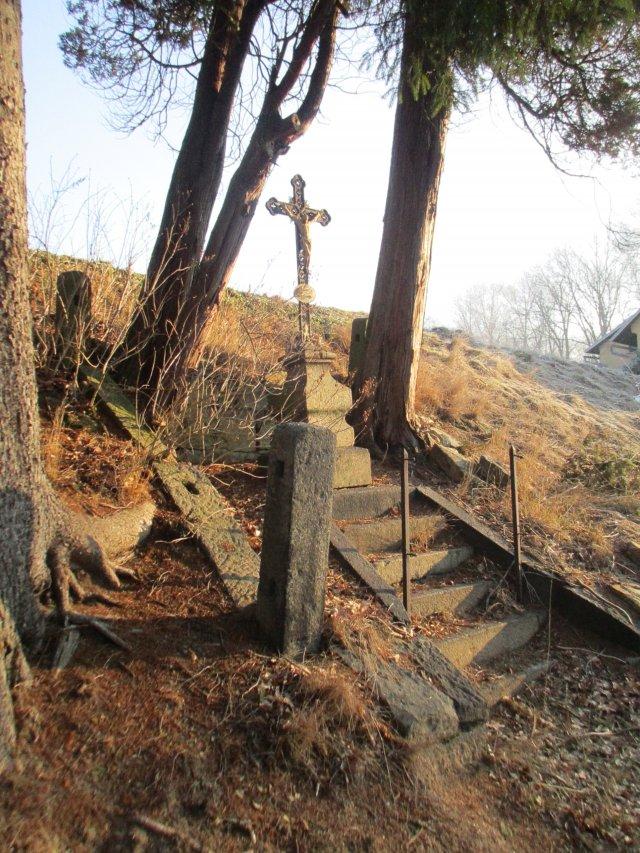 Obnova křížku v Rožanech