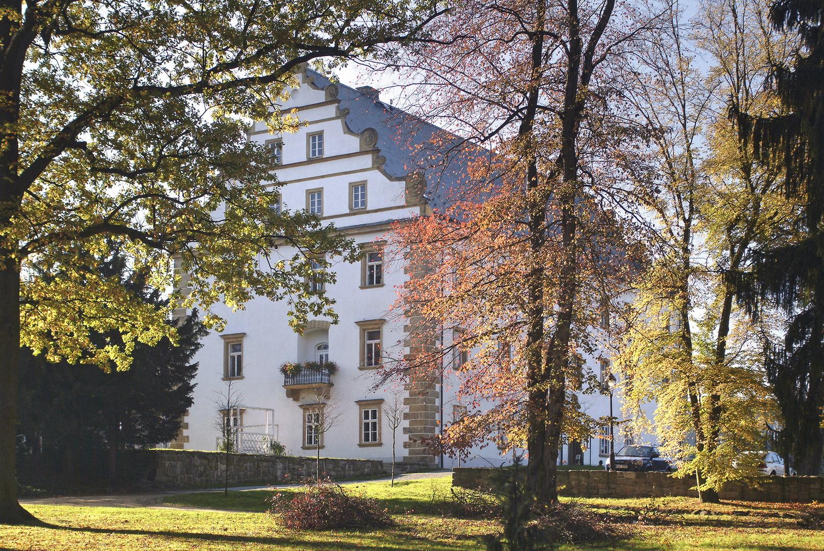 Zákaz prohlídek a výstav ve Šluknovském zámku
