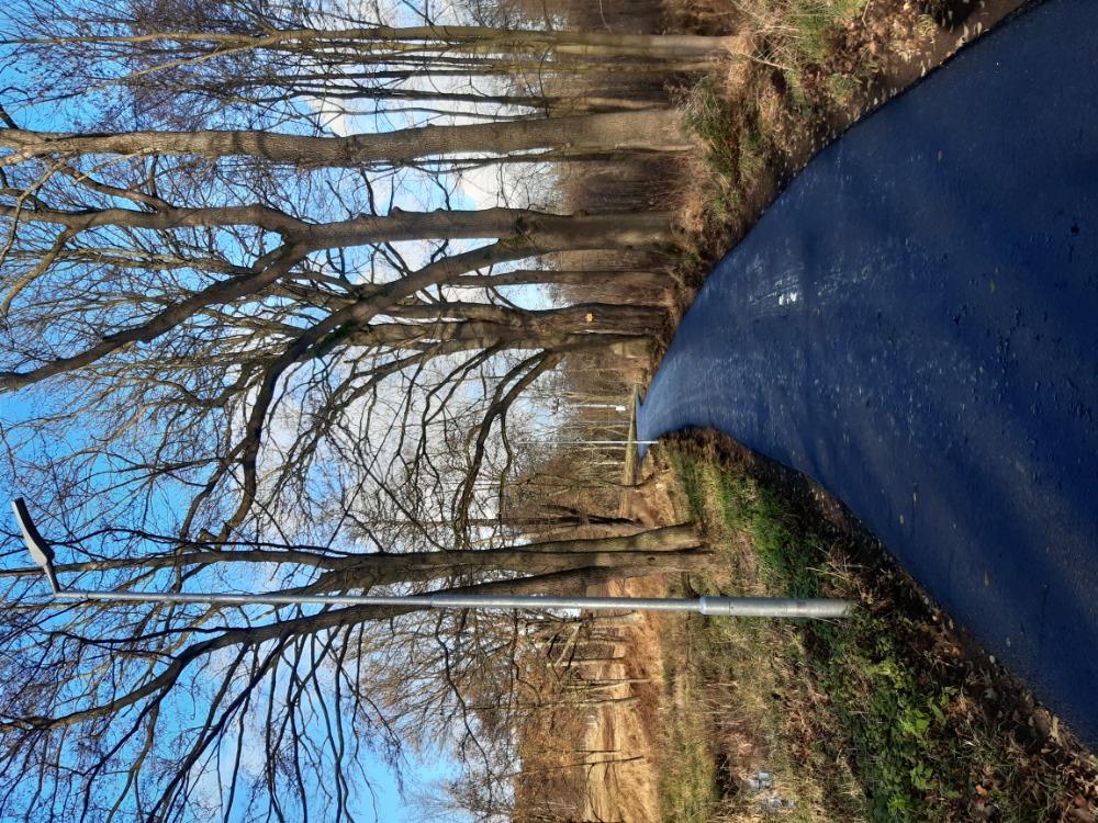 2 - nově položený povrch za rybníkem Hraničář