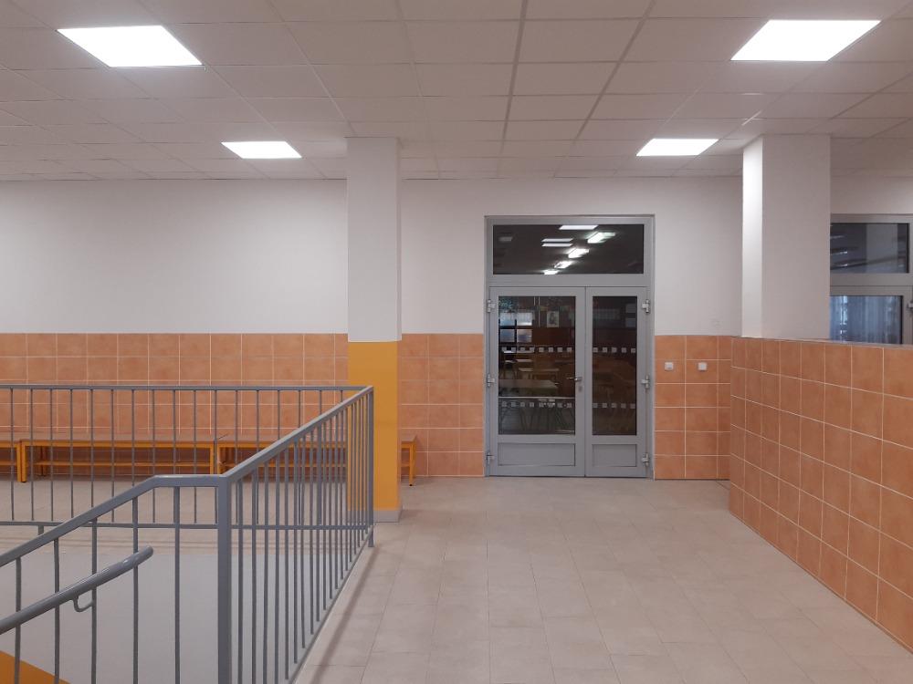 Rekonstrukce školní jídelny se blíží k dokončení