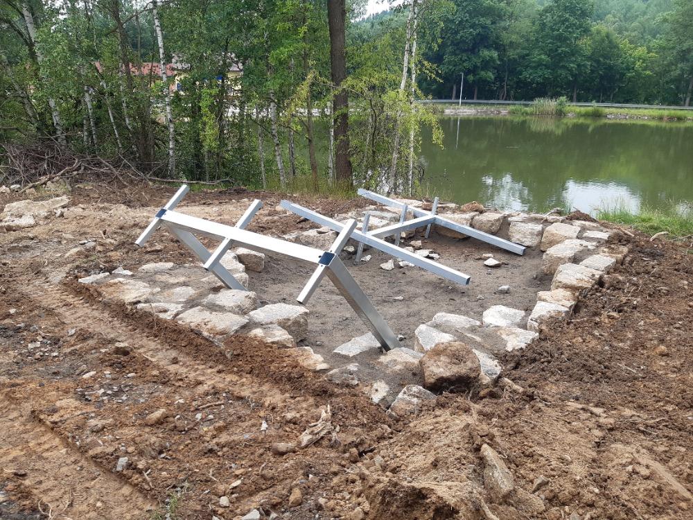 10 - příprava odpočinkového místa u Olexova rybníka